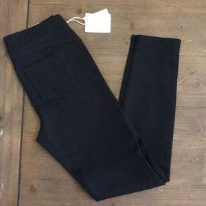 "Black ""Ponte""/Skinny Pants"
